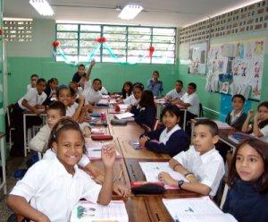 Unesco: Políticas educativas permiten que 12 millones de venezolanos estén en aulas de clases