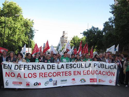 IU se suma a las movilizaciones contra los recortes educativos y apoya la huelga propuesta por los sindicatos de enseñanza